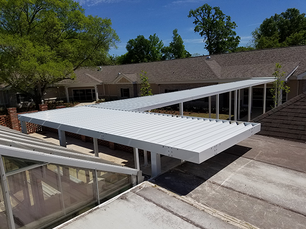 Covered walkway canopy gutter system