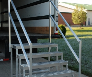 Trailer Step with double top step